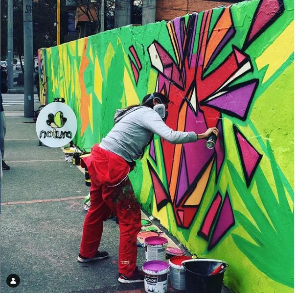 murales con pintura fotocatalítica, pintura que absorbe co2 bambu sustentable murales ecologicos natura COLOMBIA