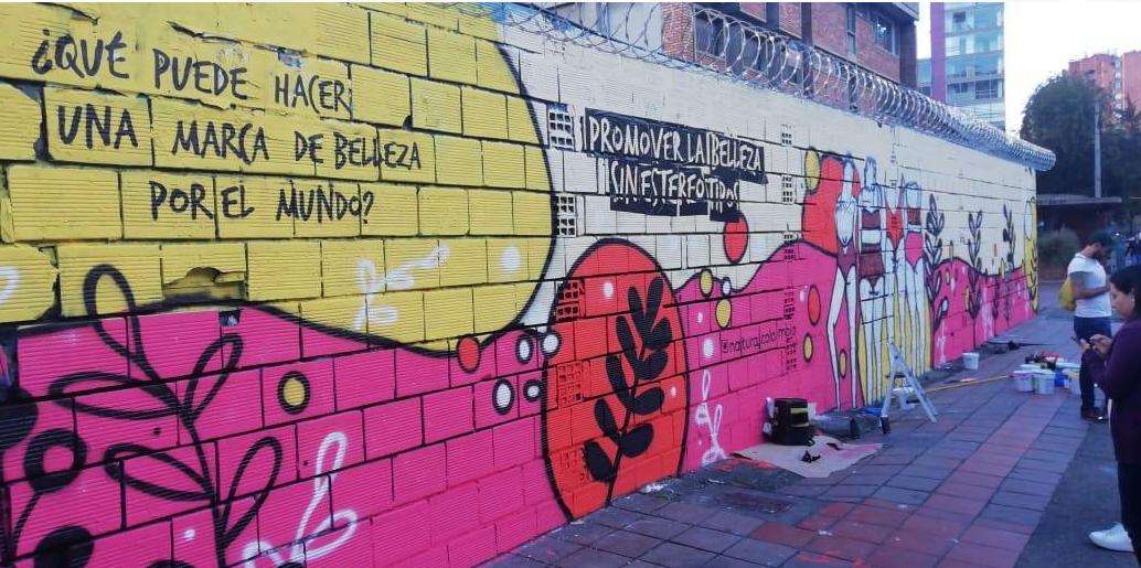 murales con pintura fotocatalítica, pintura que absorbe co2 murales urbanos bambu sustentable murales ecologicos natura colombia 2