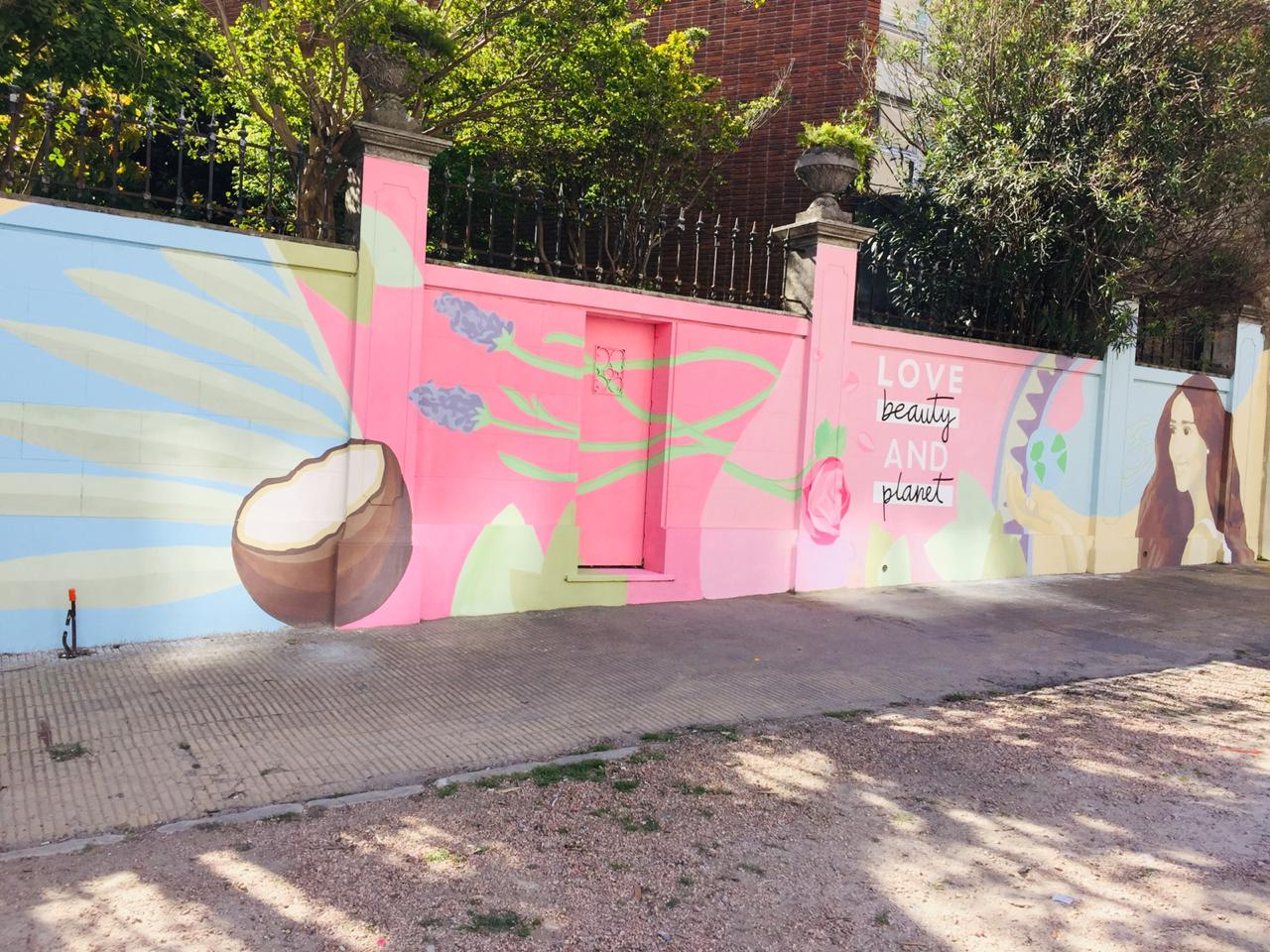 murales con pintura fotocatalítica, pintura que absorbe co2 murales urbanos